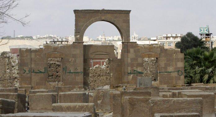 حملات تنظيف للمقابر إثر تفشي ظاهرة أعمال السحر والشعوذة بتونس