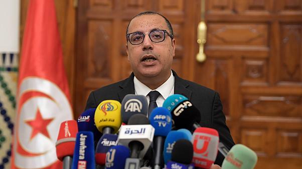 رئيس الحكومة : الوضع خطير وقد نتجاوز 7 آلاف وفاة