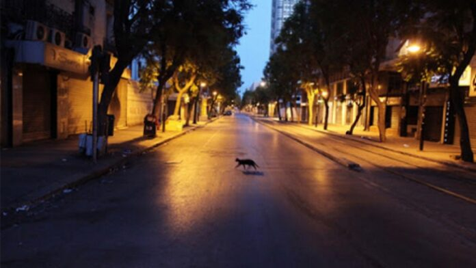 تونس تمنع حفلات رأس السنة وتفرض حظر الجولان