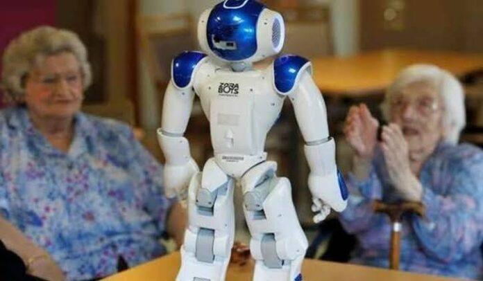 مدينة يابانية تعتمد على روبوت ذكي لخدمة المسنين