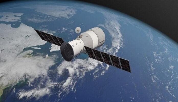أول قمر صناعي تونسي