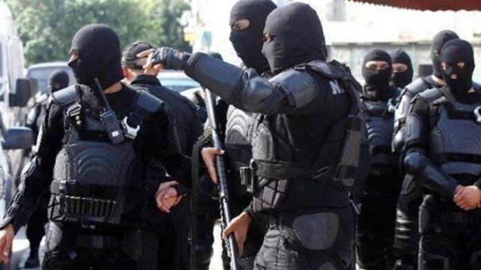 السلطات التونسية تلقي القبض على خلية إرهابية