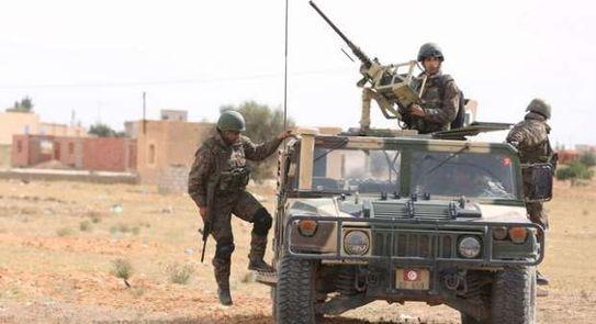 تونس تلجأ إلى الجيش لتكافح فيه الموجة الثالثة من الإصابات