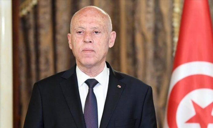 إقالة رئيس الوزراء التونسي بعد احتجاجات عنيفة بسبب كوفيد
