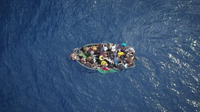 تونس توقف ما لا يقل عن 11 قارب مهاجرين متجهين إلى إيطاليا
