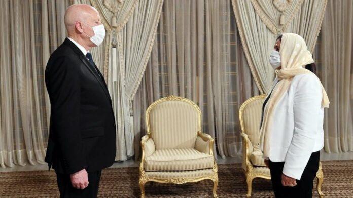 Saïed: Le ministre des Finances aux abonnés absents